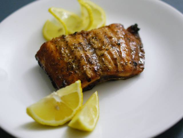 Grilled salmon recipe file cooking for engineers for Como cocinar salmon